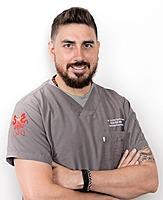 Dr. Andrés Dávila