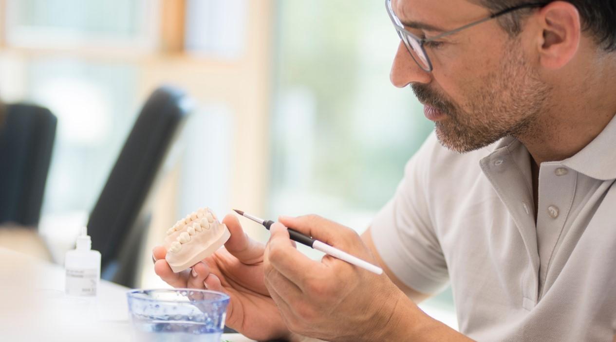 Passaggi fondamentali per una metallo ceramica senza