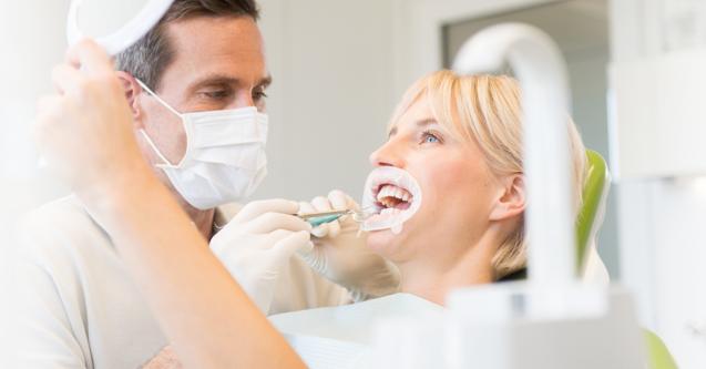 Il workflow nelle riabilitazioni adesive in pazienti con dentatura abrasa